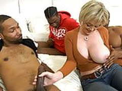 Hot Cougar Wife Dee Williams Gets Pounded By BBC
