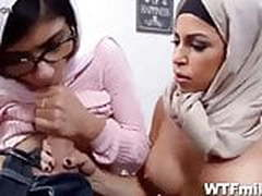 Virgin Nerd Fucks Mia Khalifa In First Time Sex Lesson arab