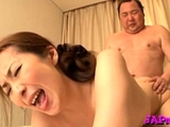 Japanese hottie likes playing with fingers and toys