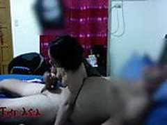 19 yr old Filipina GF sucks foreign cock for first time